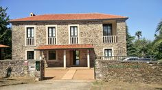 La casa de la aldea ecommerce alimentación local Mansions, House Styles, Home Decor, Home, Decoration Home, Manor Houses, Room Decor, Villas, Mansion