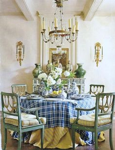 Gorgeous Dining Area with Candle Chandelier - Discover home design ideas, furniture, browse photos and plan projects at HG Design Ideas - connecting homeowners with the latest trends in home design & remodeling Dining Room Design, Dining Room Table, Dining Area, Dining Rooms, Small Dining, Dining Chairs, French Decor, French Country Decorating, French Country Style