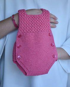 Baby Knitting Patterns, Crochet Baby, Crochet Top, Instagram, Bb, Kids, Handmade, Beauty, Clothes