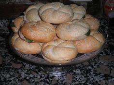 Panecillos con pavo braseado y salsa de mostaza y miel