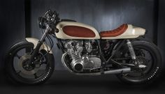 This is the 'Race Cream' a Suzuki GS550 custom built to classic Cafe Racer specification with some tidy modern touches.