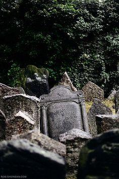 old jewish cemetery. prague, czech republic. june 2009.