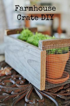 Farmhouse Crate Inspired by Magnolia Market: Get the farmhouse fresh look of Fixer Upper with this farmhouse crate DIY tutorial. It's easy and on the cheap! Farmhouse Style Decorating, Farmhouse Decor, Farmhouse Lighting, Farmhouse Plans, Vintage Decor, Rustic Decor, Wooden Decor, Rustic Charm, Magnolia Fixer Upper