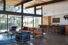Sacramento Modern Residence-Klopf Architecture-02-1 Kindesign