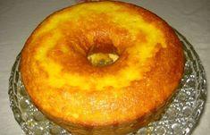 Bolo de laranja de liquidificador Food Cakes, Cupcake Cakes, Cupcakes, Portuguese Desserts, Portuguese Recipes, Sweet Recipes, Cake Recipes, Delicious Desserts, Yummy Food