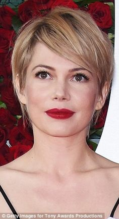 10 Best Beauty Looks From the Tony Awards The 10 Best Beauty Looks From the Tony Awards: No one pulls off a red lip better than Michelle Williams, and this velvet-y cherry color is no exception. Pixie Hairstyles, Pixie Haircut, Cool Hairstyles, Hairstyle Ideas, Pixie Bangs, Easy Hairstyle, Wedding Hairstyles, Hair Inspo, Hair Inspiration