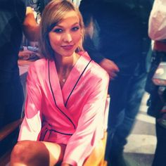 Backstage with Karlie Kloss at the #VsFashionshow @Victoriassecret via: TheFormulaBlog Instagram
