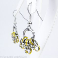 Hey, I found this really awesome Etsy listing at http://www.etsy.com/listing/99439898/yellow-byzantine-chainmaille-earrings
