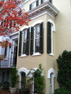 Georgetown townhouse - love color scheme.
