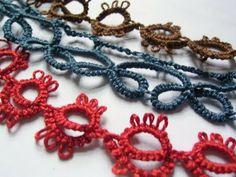 Jezze Prints: Tatting for dummies Needle Tatting, Tatting Lace, Crochet Needles, Crochet Stitches, Tatting Patterns, Crochet Patterns, Yarn Crafts, Sewing Crafts, Crochet Projects