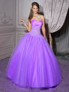2009 fall Quinceanera,2012 Lovely Ball Gown Sweetheart Neck Floor-length Quinceanera Dresses 56201-5,discount designer quinceanera ball gowns,Embellishment:Beadingbr / Silhouette:Ball Gownbr / Neckline:Sweetheart Neckbr / Train:Floor-lengthbr / Sleeves:Sleevelessbr / Back:Lace Up