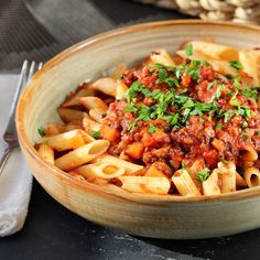 Lentil Bolognese Lentil Bolognese, Bolognese Recipe, Bolognese Sauce, Vegan Bolognese, Vegetarian Sauces, Vegetarian Dinners, Beginner Vegetarian, Vegetarian Cooking, Vegan Meals
