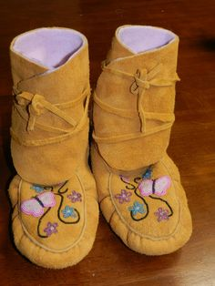 Ladies wrap around Moccasin by Hummingbird Creations and crafts
