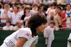 They say she took away attention from Tennis. I say she was too hot for Tennis. Gabriela Sabatini at the All England club, Wimbledon 1985 Wimbledon, Tennis Players, Sports Women, Nostalgia, England, Club, Gabriela Sabatini, Female Sports, Tennis