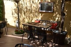 EXCLUSIVE SUITES BOUTIQUE HOTEL. MEDIEVAL TOWN, RHODES, GREECE.- kokkiniporta.com