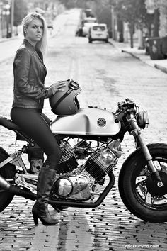 Yamaha XV1100 1982 Cafe Racer by Greg Hageman - Photos by Erick Runyon #caferacergirl #chicasmoteras | caferacerpasion.com
