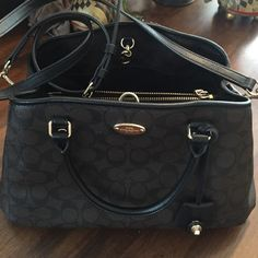 Coach bag No damage inside clean. NOT A FAKE!! Barely used. Coach Bags Shoulder Bags