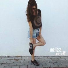 I❤️AMEI IMELISSA #lojaamei #melissa #amei #jeans #cropped #muitoamor @melissaoficial @loja_amei