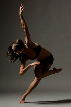 Dayna Marshall, Odyssey Dance Theatre, Salt Lake City, Utah, USA - Photographer Christopher Peddecord