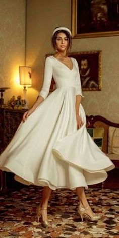Wedding Dresses With Sleeves Vintage 24 Gorgeous Tea Length Wedding Dresses tea length wedding dresses simple v neckline with long sleeves rara avis Civil Wedding Dresses, Country Wedding Dresses, Black Wedding Dresses, Wedding Dresses Plus Size, Elegant Dresses, Pretty Dresses, Bridal Dresses, Long Gown Elegant, Budget Wedding Dress