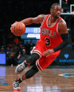 Dwyane Wade #3 of the Chicago Bulls drives to the basket against the Brooklyn Nets during the second half at Barclays Center on October 31, 2016 in New York City. NOTE TO USER: User expressly acknowledges and agrees that, by downloading and or using this photograph, User is consenting to the terms and conditions of the Getty Images License Agreement.