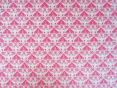 Cotton Lawn - Tulip in Pomegranate Seamstar