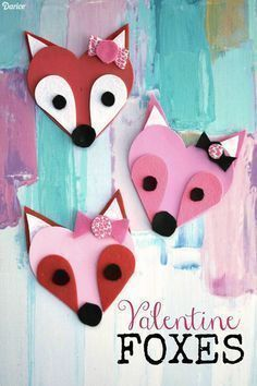 Check this collection of adorable Valentines Day Crafts for Kids and DIY them with your children! I found some for toddlers, for preschoolers and even for teens. Valentine Crafts for kids is a great idea to spend quality time with your children and teach them to have meaningful celebrations. #valentinesday #valentine #artsandcraftswithpaper, #valentine'sdaycrafts #valentinecrafts