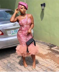 Wooooow Asoebi Styles is ready to be serve very hot,i'm sure you all have been waiting for this day and finally it's here Aso Ebi Lace Styles, African Lace Styles, Lace Dress Styles, Ankara Gown Styles, Nigerian Lace Styles, African Wear Dresses, African Fashion Ankara, African Print Fashion, Lace Material Styles