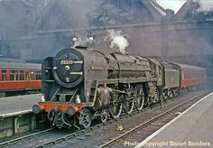 "BR Britannia Class 4-6-2 70041 ""Sir John Moore"" Mais Diesel Locomotive, Steam Locomotive, Steam Trains Uk, Steam Railway, Liverpool Street, Train Art, Railway Posters, Train Pictures, British Rail"