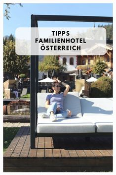 Traumhaftes Hotel für Familien in Österreich. Kinderhotel am Achensee mit Reitstall. Outdoor Sofa, Outdoor Furniture, Outdoor Decor, Austria, Vacation, Travel, Holiday, Traveling With Children, Hotels For Kids