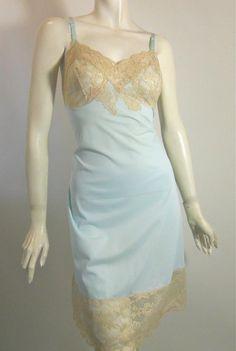 vintage slip 60s slip****blue and ecru Sarrah.