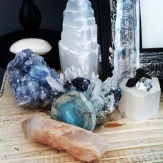 Calming Bedside Crystal alter: Scolecite, Selenite, Herkimer Diamond, Moldavite, Sugilite, Galena on Quartz & Pyrite matrix Celestite, Larimar & Celestial Quartz |
