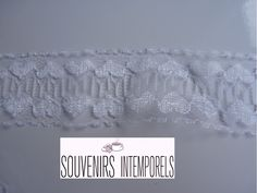 Dentelle blanche motif coeurs 2,8 cm de large vendue au mètre : Rubans par souvenirs-intemporels