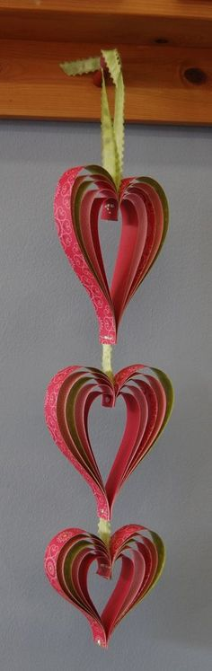 Cute little heart hanging... great for valentines or just because! Tutorial
