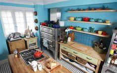 I want Anna Olson's kitchen!