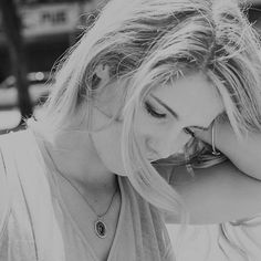 Oliver And Felicity, Emily Bett Rickards, Just Amazing, The Flash, Dreadlocks, Hollywood, My Love, Hair Styles, People