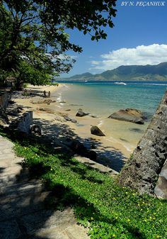 Ilha Bela, Sao Paulo - by Neyvan Pecanhuk Brazil Beaches, Places To Travel, Places To Visit, Brazil Travel, Beach Landscape, South America Travel, Nature Pictures, Beautiful Places, Around The Worlds