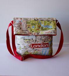 Bolso bandolera Lost in London - La mujer del saco de LoLahn Handmade - Bolsos, mochilas, cuellos, sombreros y gorras. por DaWanda.com