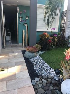 💘 99 Small Front Yard Landscaping Ideas Low Maintenance 4390 #frontyardlandscaping #frontyard #frontyardlandscapingideas