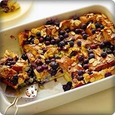 French Toast: The Best Special Day Morning Meal Best French Toast, French Toast Bake, Appetizer Recipes, Appetizers, Sliced Almonds, French Food, Morning Food, Food Network Recipes, Nutella