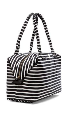 Love this weekend bag. Kate Spade Outlet, Stylish Handbags, Couture, Clutch Wallet, My Bags, Travel Accessories, Wallets, Duffel Bags, Feminine Fashion