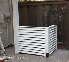 Want to know how hide your ugly AC unit? Take a look at these 10 design ideas to help hide your air conditioning unit and add instant curb appeal. Hide Ac Units, Ac Unit Cover, Ac Cover, Air Conditioner Screen, Hidden Pool, House Tweaking, Outdoor Projects, Outdoor Ideas, Outdoor Patios