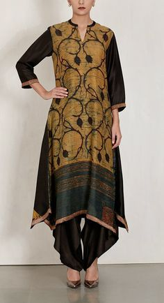 JAYANTI REDDY. Black Embroidered Printed Tunic with dhoti pants