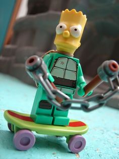 Toyriffic: Fun with Simpsons LEGO minifigures!