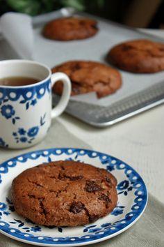 Jumbo cookies aux amandes et gros chunks de chocolat noir (recette végane, sans oeuf)