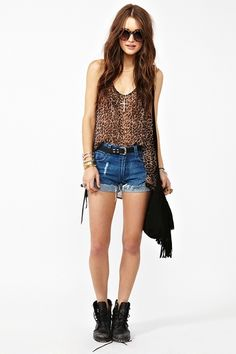 I really need to find myself some cute combat boots like these and an adorable cheetah tank.