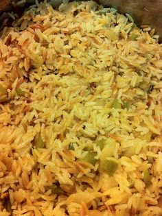 Really simple Rice Pilaf. so good, I made it for dinner and it was perfect. Pin now read later!  #ricepilaf #rice #pilaf