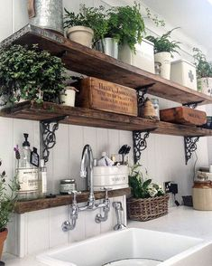 20 ways to create a French country kitchen - decoration ideas 201820 ways to create a French country kitchen - decoration ideas Charming French country house decor with timeless charm - home Charming French Country House, French Country Decorating, Rustic French Country, Italian Country Decor, Italian Home Decor, French Countryside, Country Art, Küchen Design, Home Design