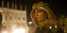 6 Filmmaking Tips From Kathryn Bigelow: Ignore the Glass Ceiling Stand the Heat Prepare to Risk (and Keep) Your Job Don't Hold Back Theres More to Filmmaking Than Making the Film Find the Story Behind the Big Story Film Tips, Hurt Locker, Bank Robber, Film Studies, Film School, Martin Scorsese, Earth Science, Film Director, Screenwriting