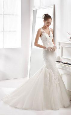 nicole spose v-neck mermaid lace wedding dress / http://www.himisspuff.com/mermaid-wedding-dresses/15/